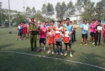 Giao lưu bóng đá Mini với Cảnh sát PC&CC Tỉnh Bình Dương
